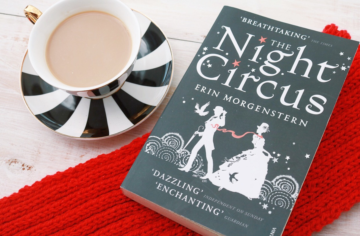 The Night Circus Book - accompanied by a red Rêveurs scarf and a black and white cup and saucer